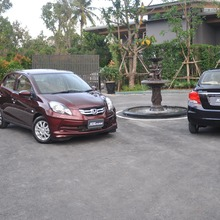 2012-Honda-BrioAmaze-GroupTest_78