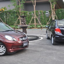 2012-Honda-BrioAmaze-GroupTest_79