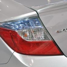 2012-Honda-Civic-Hybrid-Live-08
