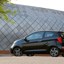 2012-Kia-Picanto-3-Door-Hatchback-04