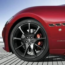 2012-Maserati-GranCabrio-Sport-11
