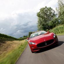 2012-Maserati-GranCabrio-Sport-20