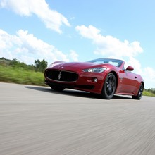 2012-Maserati-GranCabrio-Sport-23