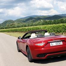 2012-Maserati-GranCabrio-Sport-26