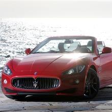2012-Maserati-GranCabrio-Sport-38
