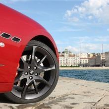 2012-Maserati-GranCabrio-Sport-39