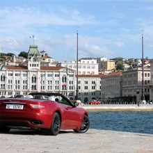 2012-Maserati-GranCabrio-Sport-41