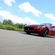 2012-Maserati-GranCabrio-Sport-46