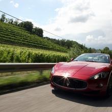 2012-Maserati-GranCabrio-Sport-48