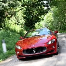 2012-Maserati-GranCabrio-Sport-51
