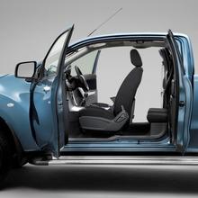 2012-Mazda-BT-50-02