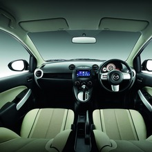 Interior White_1_low_resize