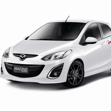 05-New Mazda2 Racing Series Hatchback_resize