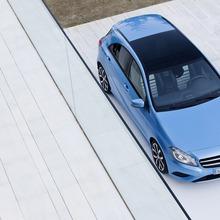 2012-Mercedes-A-Class-01