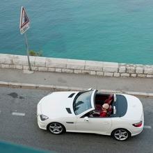 2012-Mercedes-Benz-SLK-250-CDI-09