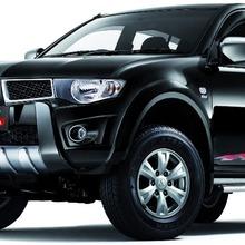 2012-Mitsubishi-Triton-RA-Edition-01