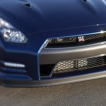 2012-Nissan-GT-R-Facelift-US-04