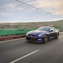 2012-Nissan-GT-R-Facelift-US-19