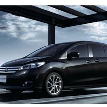 2012-Nissan-Lafesta-02