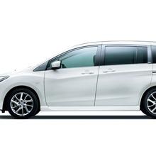 2012-Nissan-Lafesta-04