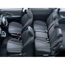 2012-Nissan-Lafesta-16
