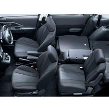 2012-Nissan-Lafesta-17
