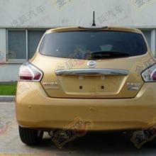 2012-Nissan-TIIDA-Spyshot-02