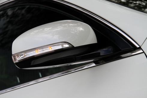 2012-Nissan-Teana-01_resize