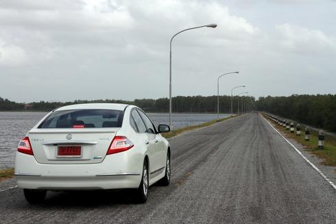 2012-Nissan-Teana-04_resize