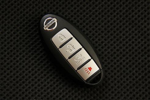 2012-Nissan-Teana-26_resize