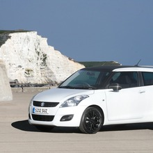 2012-Suzuki-Swift-Attitude-1