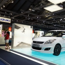 2012-Suzuki-Swift-Sport-03