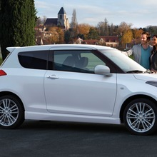 2012-Suzuki-Swift-Sport-07