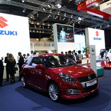 2012-Suzuki-Swift-Sport-09