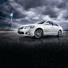 2012-Toyota-Camry-Hybrid-Extremo-01
