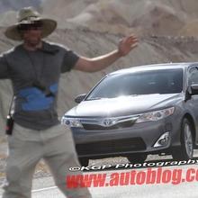 2012-Toyota-Camry-Hybrid-Spy-Shots-10