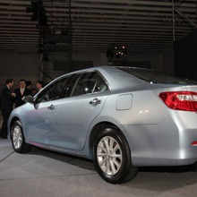 Toyota-Camry-2012-02