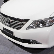Toyota-Camry-2012-03