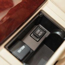 Toyota-Camry-2012-17