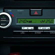 Toyota-Camry-2012-30