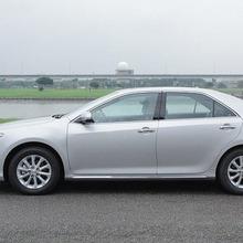 Toyota-Camry-2012-46