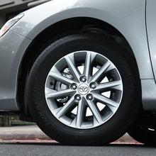 Toyota-Camry-2012-50