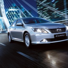 2012-Toyota-Camry-international-version-01