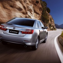2012-Toyota-Camry-international-version-02