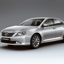 2012-Toyota-Camry-international-version-04
