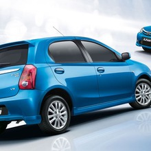 2012-Toyota-Etios-Liva-02