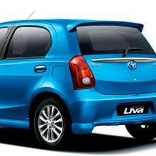2012-Toyota-Etios-Liva-07
