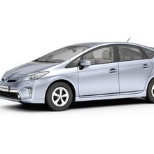 2012-Toyota-Prius-PHEV-01