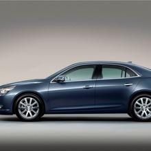 2013-Chevrolet-Malibu-2-04