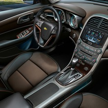 2013-Chevrolet-Malibu-2-06